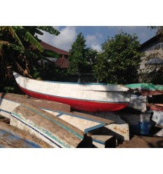 Etagères / Indonesian Boat Closet