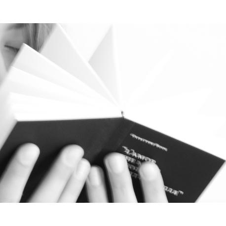 Olfactory Book Livre à parfumer